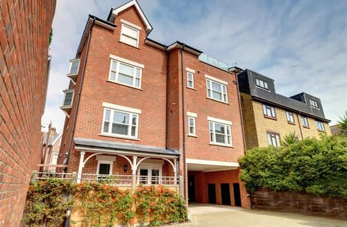 Last Minute Cottages - Splendid Broadstairs Apartment S10566