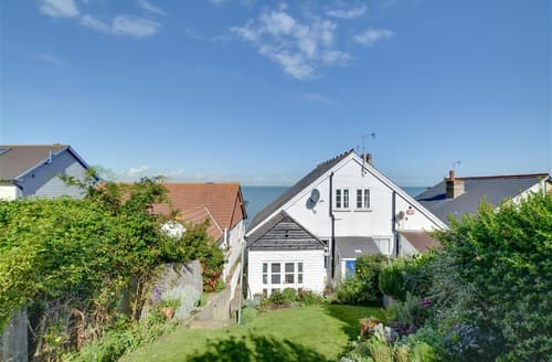 Last Minute Cottages - Adorable Herne Bay Rental S10390