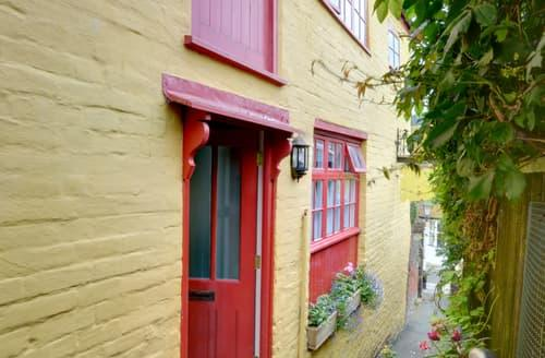 Last Minute Cottages - Tasteful Hastings Old Town Rental S10324