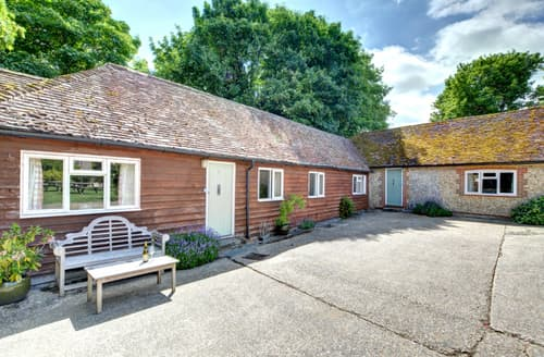 Last Minute Cottages - Delightful Storrington Cottage S82941
