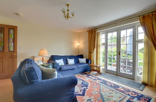 Last Minute Cottages - Stunning Crowborough Apartment S10432