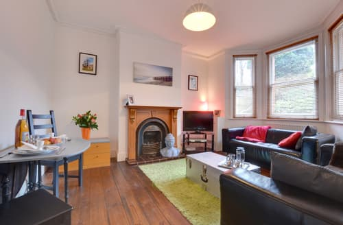 Last Minute Cottages - Dunstan Garden Apartment