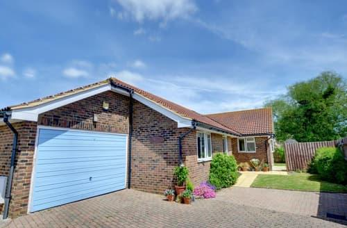 Big Cottages - Lovely Winchelsea Beach Rental S10495