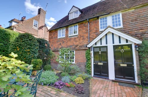 Last Minute Cottages - Stunning Tenterden Cottage S85997