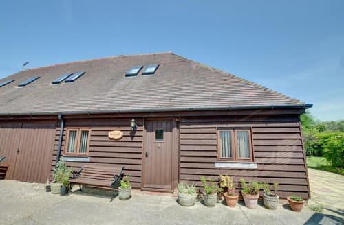 Last Minute Cottages - Captivating Romney Marsh Lodge S34849