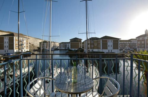 Last Minute Cottages - Inviting Brighton Marina Village Rental S12673