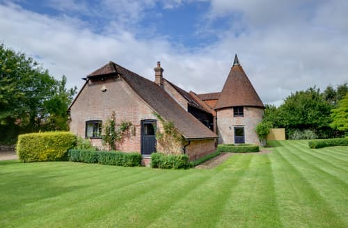 Last Minute Cottages - Charming Heathfield Lodge S85114