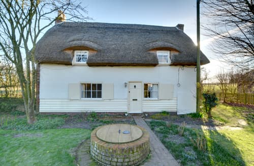 Last Minute Cottages - Medgetts Cottage