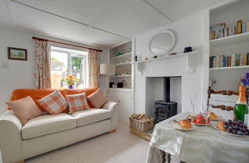 Last Minute Cottages - Delightful Hythe Cottage S80831