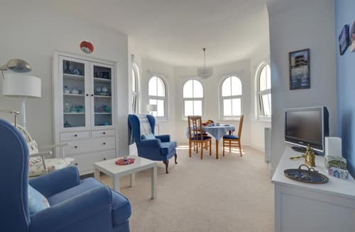 Last Minute Cottages - Luxury Bexhill On Sea Apartment S40351
