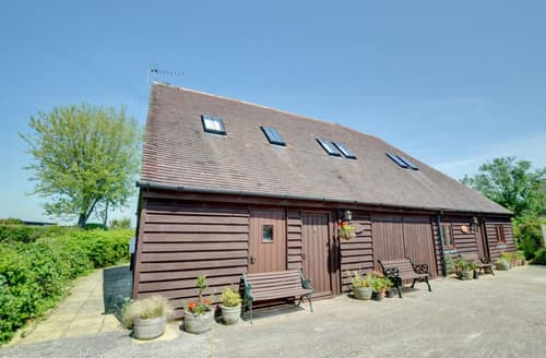 Last Minute Cottages - Stunning Romney Marsh Lodge S27053