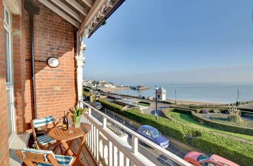 Last Minute Cottages - Excellent Broadstairs Apartment S77121