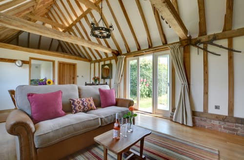 Last Minute Cottages - Wagon Lodge at Forstal Farm