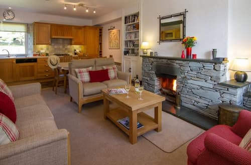 Last Minute Cottages - Luxury Chapel Stile  Rental S25345