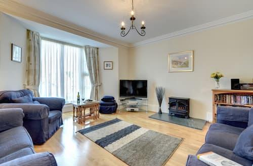 Last Minute Cottages - Stunning Bowness On Windermere Apartment S85892