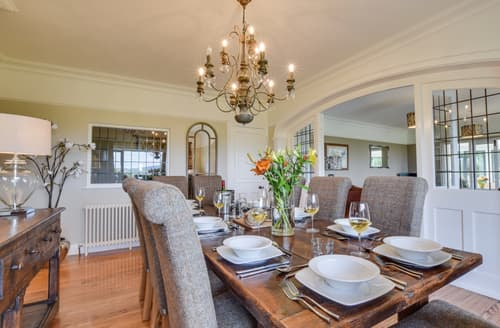 Last Minute Cottages - Inviting Windermere & Bowness Cottage S121989