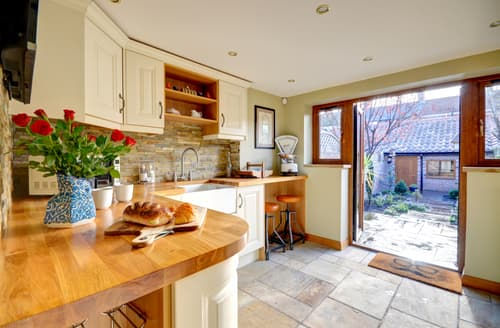 Last Minute Cottages - Superb Redcar Cottage S89194
