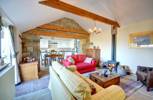 Last Minute Cottages - Cosy Staithes Cottage S97183