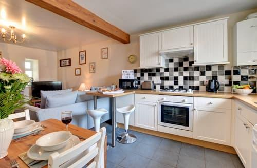 Dog Friendly Cottages - Superb Whitby Cottage S105886
