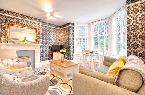 Last Minute Cottages - Gorgeous Whitby Apartment S83731