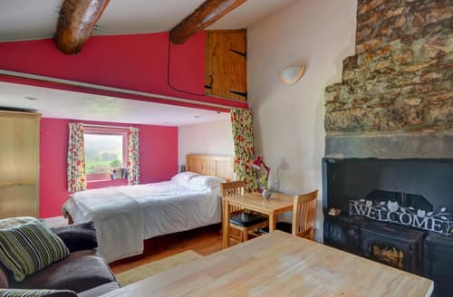 Dog Friendly Cottages - Bloomers Bothy