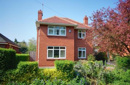 Last Minute Cottages - Tasteful Scarborough Rental S10946