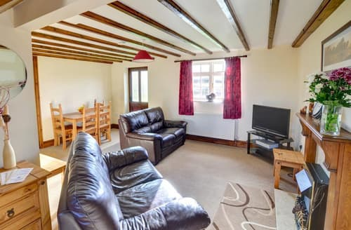 Last Minute Cottages - Luxury Whitby Rental S10896