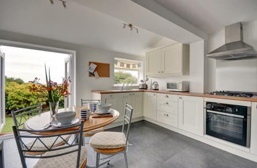 Last Minute Cottages - The Holbrooks Garden Apartment
