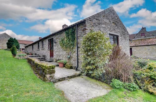 Last Minute Cottages - Rue Crofts View