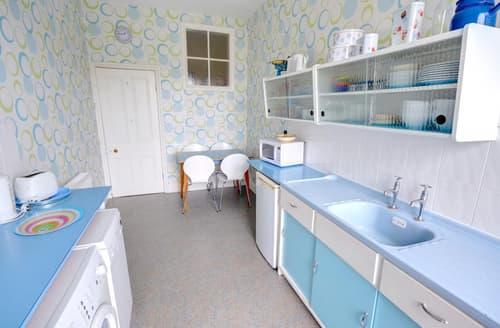 Last Minute Cottages - Grosvenor Crescent