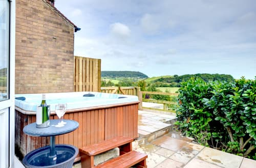Last Minute Cottages - Luxury Scalby Cottage S85517