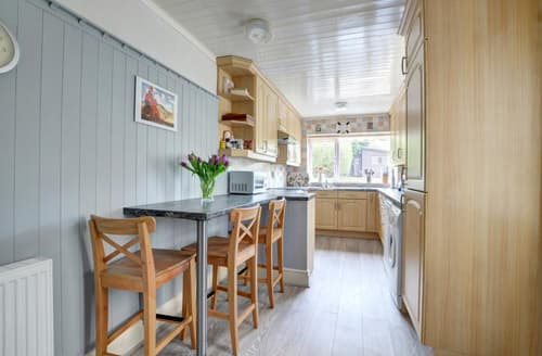 Big Cottages - Cosy Runswick Bay Rental S10928