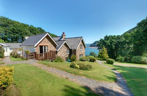 Last Minute Cottages - Adorable Parracombe Apartment S12394