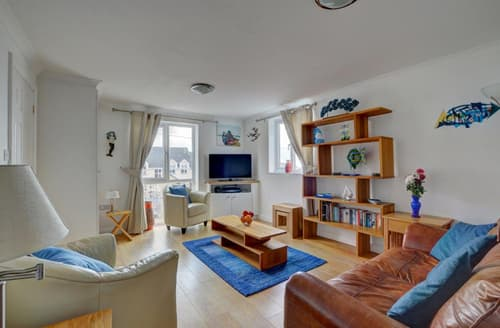 Last Minute Cottages - Lovely Woolacombe Apartment S12336