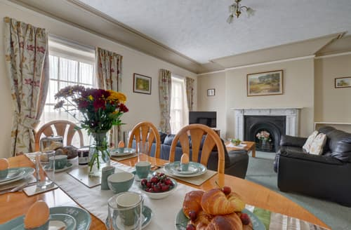 Last Minute Cottages - Fortescue - Upcott House