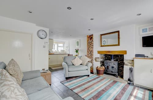 Last Minute Cottages - Attractive Bideford Rental S12180