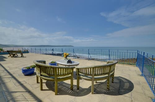 Last Minute Cottages - Inviting Woolacombe Apartment S12089