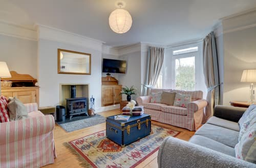 Last Minute Cottages - Attractive Westward Ho! Cottage S97046