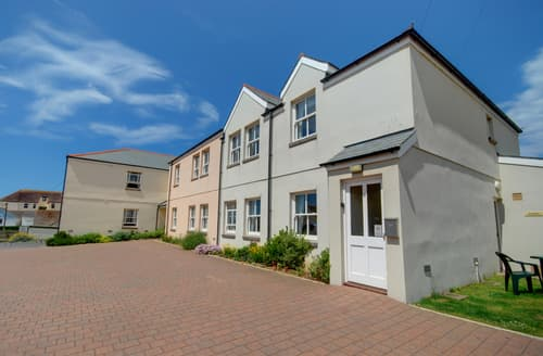 Last Minute Cottages - Stunning Woolacombe Apartment S94690