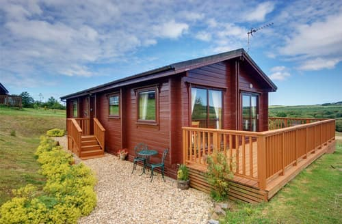 Last Minute Cottages - Delightful Bideford Lodge S12172