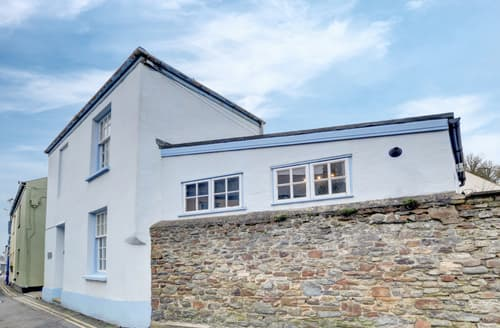 Last Minute Cottages - Gorgeous Appledore Cottage S95073