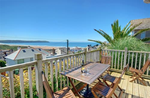 Last Minute Cottages - Beautiful Woolacombe Apartment S12134