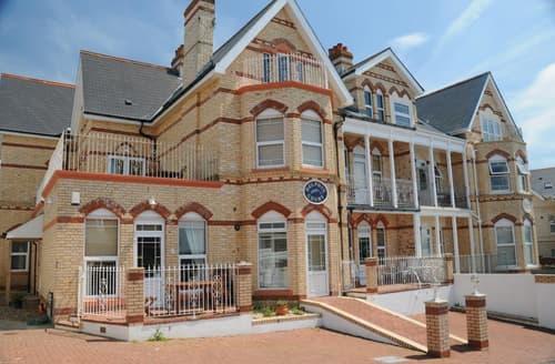 Last Minute Cottages - Splendid Woolacombe Apartment S12182