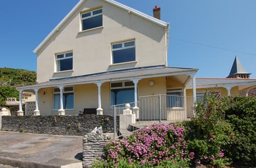 Last Minute Cottages - Delightful Mortehoe Apartment S12243