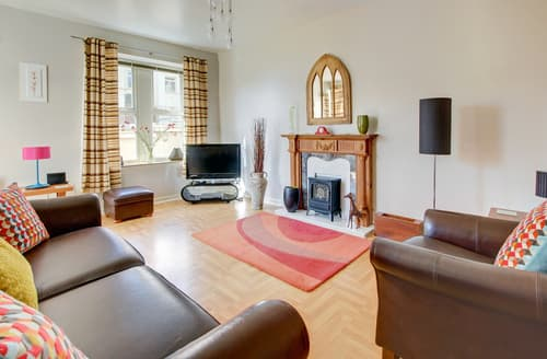 Last Minute Cottages - Charming Woolacombe Apartment S12376