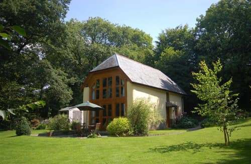 Last Minute Cottages - Meadowside Barn
