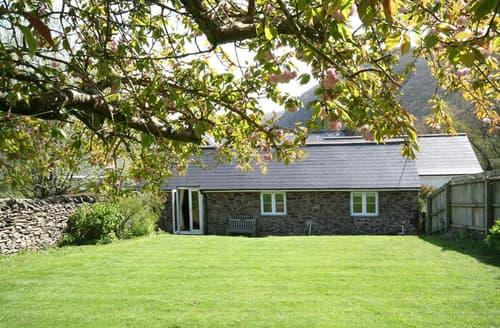 Last Minute Cottages - Captivating Parracombe Apartment S12242