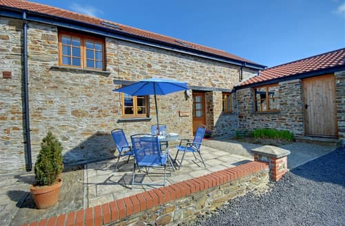 Last Minute Cottages - Primrose Barn