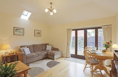 Last Minute Cottages - Tasteful Beccles Rental S10119