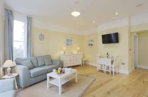 Last Minute Cottages - Wonderful Southwold Apartment S71932